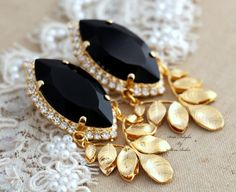 Statement Swarovski  Chandelier Black and Gold bridal by iloniti, $86.00 #chandelier, #jewelry, #mystyle, #earrings, #bridal_jewelry, #wedding