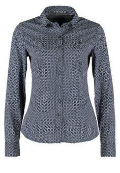 Ob als Businessbluse oder zu einer Jeans, diese Bluse ist perfekt. Marc O'Polo Hemdbluse - blue für 69,95 € (04.12.14) versandkostenfrei bei Zalando bestellen.