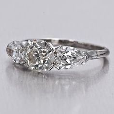 love the vintage/antique engagement rings on this site