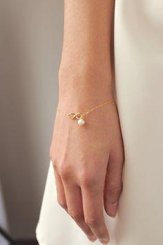 Mother of the Bride Gift Gold Infinity Bracelet 14K Gold
