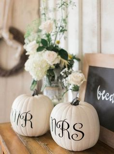 Display Mr. + Mrs. pumpkins on your sweetheart table / http://www.himisspuff.com/fall-wedding-ideas-themes/12/