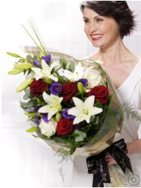 Thank You Flowers Delivered Flowers Direct, Cheap Flowers, Belfast, Dublin, Cheap Flower Delivery, Cork, Lisianthus Flowers, Florist London, Graduation Flowers