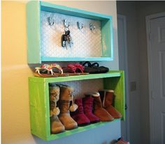 Another Idea For Old Drawers into Storage. What a good concept.