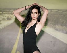 17 Beautiful (and Tastefully Naked) Women We Love
