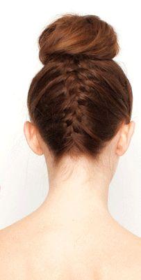 Ballerina bun with french braid. Ballet Hairstyles, Trendy Hairstyles, Braided Hairstyles, Ballerina Hair, Peinado Updo, Upside Down Braid, Cornrows, Grow Hair, Hair Inspiration