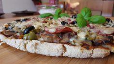 Cheat meal czyli domowa pizza https://ciasnakuchnia.pl/zapowiedzi/cheat-meal-domowa-pizza/