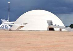 Museu Nacional Honestino Guimarães/ Oscar Niemeyer em Brasília