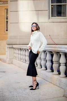 Fashionbunker Fit-and-flare-skirt-& white turtleneck, Asos laceup pumps #StreetStyle