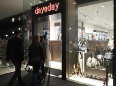 El viernes 4 de diciembre inauguramos por todo lo alto nuestra tienda en el  centro comercial  La Maquinista  en Barcelona. ¿Aún no lo conoces  528247c677d