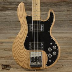 Peavey T-40 Bass Natural 1979 (s747)