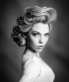 Gorgeous vintage style updo for long hair.