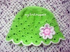 Free Crochet SHELLS HAT Pattern .... it will fit a 1 1/2 to a 3year old girl. If you wanted it to be bigger, just add one or two more rounds after the 7th row or use a bulkier yarn and a larger hook