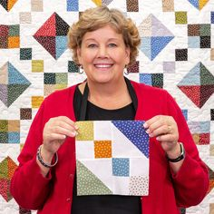 Quilting should be fun and we give you easy quilting projects, quick quilting how-to tutorials, and commentary to keep you smiling till the very last stitch. Missouri Star Quilt Pattern, Missouri Quilt Tutorials, Quilting Tutorials, Quilting Projects, Sewing Projects, Beginner Quilting, Sewing Tips, Colchas Quilt, Quilt Baby