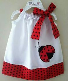Ladybug dress:) I may have already pinned this, but oh well. Little Dresses, Little Girl Dresses, Little Girls, Girls Dresses, Sewing For Kids, Baby Sewing, Sewing Ideas, Sewing Clothes, Doll Clothes