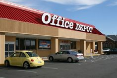 BREAKING: Staples buying Office Depot for $6.3B  Although the Federal Trade Commission once nixed a deal between the two office-supply rivals, times have changed.  #rtechretailpro