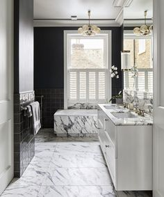 Bathroom paint ideas – inspiring colors, paint effects and makeover ideas Neutral Bathroom Colors, Bedroom Wall Colors, Kid Bathroom Decor, Bathroom Ideas, Small Bathroom, Bathroom Marble, Tiny Bathrooms, Bathroom Inspiration, Victorian Townhouse
