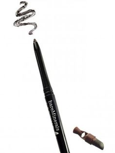 If you struggle to keep your soft-tip eyeliner sharp, try this #bareMinerals version. The built in sharpener means you'll never be stuck with a dull pencil #makeup #beauty