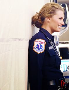 i want her hair. kate beckett/stana katic - cops and robbers
