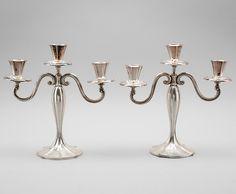 Par de candelabros Art Deco em prata, 1930, 29cm de altura, 935GMS, 1,875 USD / 1,720 EUROS / 6,530 REAIS / 11,630 CHINESE YUAN soulcariocantiques.tictail.com