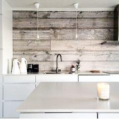 """A wooden accent wall adds such warmth so this via Home Decor Kitchen, Kitchen Interior, Home Kitchens, Küchen Design, House Design, Look Wallpaper, Cocinas Kitchen, Wood Backsplash, Wooden Kitchen"