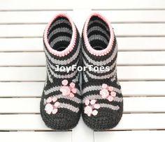 https://www.etsy.com/listing/162097593/crochet-boots-socks-slippers-for-home?ref=teams_post