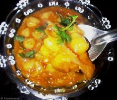Healthy & delicious Chole Masala ... a.k.a Protein rich Garbanzo Beans Curry!