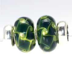 Trollbeads Gallery - Twins & Trios are beads we match for you!  The twins are great to wear on the Trollbeads Bangle bracelet.