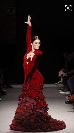 Spanish Dancer, Spanish Woman, Shall We Dance, Just Dance, Dance Art, Ballet Dance, Tango, Flamenco Dancers, Flamenco Dresses