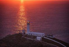 South Stack Lighthouse  https://500px.com/photo/104596699/south-stack-lighthouse-by-chris-davis?from=popular&only=Landscapes…