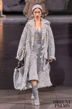 Knitwear Fashion, Knit Fashion, Fashion Week, Fashion 2020, Runway Fashion, Fashion Brands, 2020 Fashion Trends, Fashion Outfits, Love Fashion