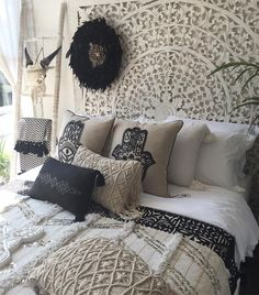 Bohemian style decor and neutral colour palette for my home design inspiration.