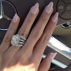 Glamour girl driving car Love love this ,nails,& rings & things !!!!!!