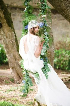 Flower decorated wedding swing | Cat Hepple Photography and @French Wedding Style - Wedding Blog | see more on: http://burnettsboards.com/2014/06/romantic-french-boho-elopement/ #romantic