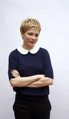 Actress Michelle Williams - I still like her with longer hair!   But still so beautiful.