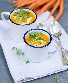 Die Suppenzeit ist eröffnet! Hach, ich liebe Suppen und ihr offensichtlich auch (zumindest was ich so an den Statistiken herauslesen kann). Okay, momentan sind die Temperaturen noch nicht ganz so das richtige dafür, aber wenn es so richtig schön kalt...