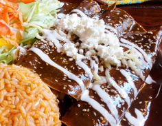 Menú Mie11.-Pollo poblano, Enmoladas, Carne con chile, Pastel azteca verde, Barbacoa y Cochinita - BONSAVEUR COMIDA CASERA PARA LLEVAR en Hermosillo Pedidos al Tel.-216.44.99