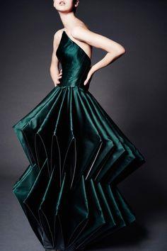 Fashion| Zac Pozen Pre-Fall 2016 | http://www.theglampepper.com/2015/12/07/fashion-zac-pozen-pre-fall-2016/