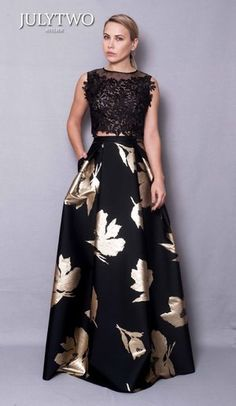 The Thallin Collection — JulyTwo Floral Skirt Outfits, Maxi Skirt Style, Long Skirt Outfits, Party Wear Indian Dresses, Designer Party Wear Dresses, Pakistani Wedding Outfits, Beautiful Maxi Dresses, Simple Dresses, Evening Outfits