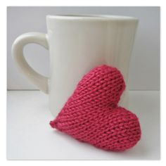This is a free pattern for a little knitted love heart. This can be made into a hanging decoration, a keyring charm, a mini pincushion or even a brooch or necklace pendant - find the pattern on LoveKnitting! Knitting Patterns Free, Free Knitting, Free Pattern, Crochet Patterns, Knitting Needles, Knitting Yarn, Pattern Design, Knitted Heart Pattern, How To Purl Knit