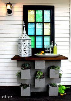 Garden : DIY cinder block planter bar