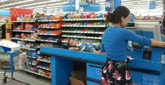 22 Craziest People You Will See At Walmart : Walmart funny Walmart pictures, Walmart shoppers – Funny Walmart Pictures, Walmart Funny, Go To Walmart, Only At Walmart, People Of Walmart, Funny Photos, Walmart Pics, Epic Photos, Hilarious Pictures