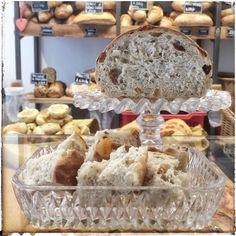 oggi #panfrutto con #fruttafresca e #fruttasecca @farinanelsaccotorino  (ovviamente disponibile per l'assaggio ) #pane #bread #breadporn #bakerylife