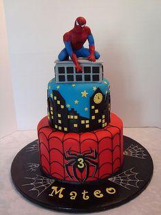Spiderman Cake Ideas for Little Super Heroes - Novelty Birthday Cakes Spiderman Cake Topper, Spiderman Birthday Cake, 3rd Birthday Cakes, Novelty Birthday Cakes, Batman Cakes, Superhero Cake, Superhero Birthday Party, 4th Birthday, Spider Cake