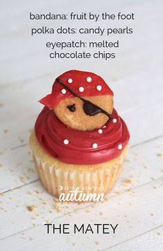 these adorable pirate cupcakes are easy to decorate, and the best part is they use normal frosting instead of yucky fondant! click through for all 4 versions. Pirate Birthday, Pirate Party, Birthday Ideas, Pirate Wedding, Birthday Parties, 7th Birthday, My Little Kids, Pirate Ship Cakes, Fruit Roll Ups