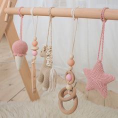 My Little Baby, Baby Love, Wooden Feather, Feather Mobile, Diy Bebe, Play Gym, Baby Play, Baby Girl Toys, Montessori Toys