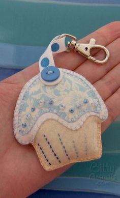 Make a Keychain Cupcake Using the Same Pattern