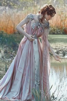 I don't know who does this sort of photo shoot but it looks like fun to wear such a fairy princess dress! Pretty Dresses, Beautiful Dresses, Fantasy Gowns, Fantasy Art, Fantasy Clothes, Dark Fantasy, Fantasy Outfits, Fairy Clothes, Fairytale Fashion