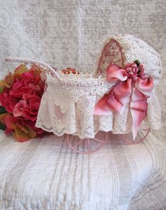Angela Lace Doll Bassinet.