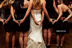 Delta Delta Delta - perfect wedding picture idea for the bride and her Tri Delta sorority sisters!