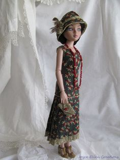 1920 style OOAK red & green Ensemble for Ellowyne Wilde, includes Dress, Hat, Bag & Necklace, handmade by JEC (JoyceEllenCreations) papillon19 via eBay, SOLD 6/26/16  $35.00